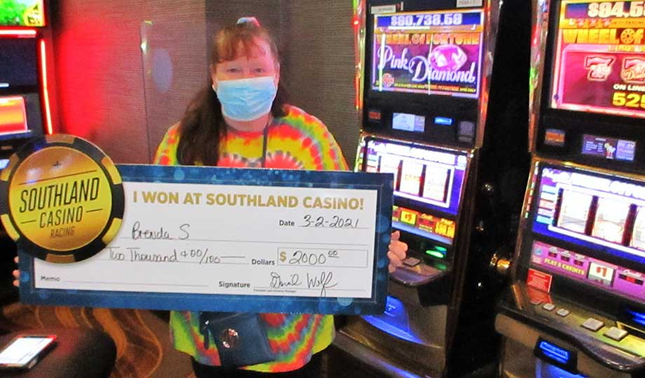 Jackpot winner, Brenda, won $2,000 at Southland Casino Racing